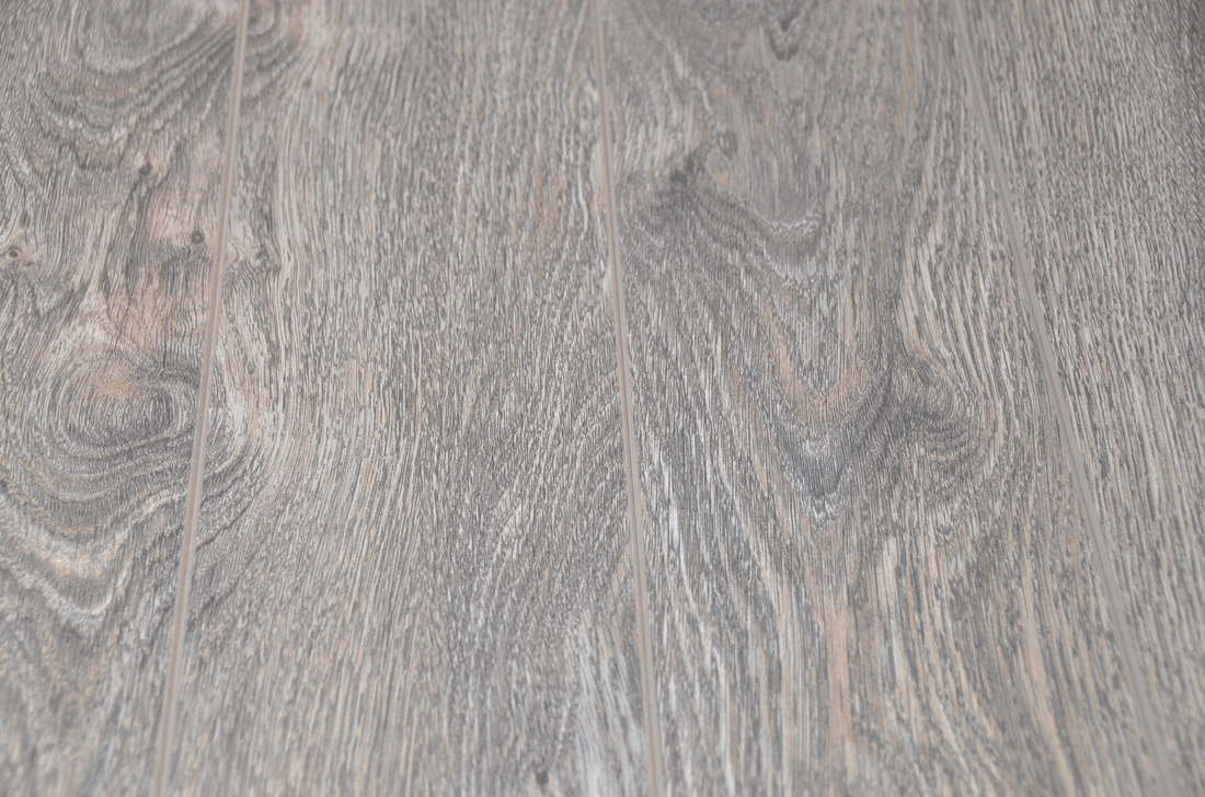 Laminate Flooring Durable 12mm